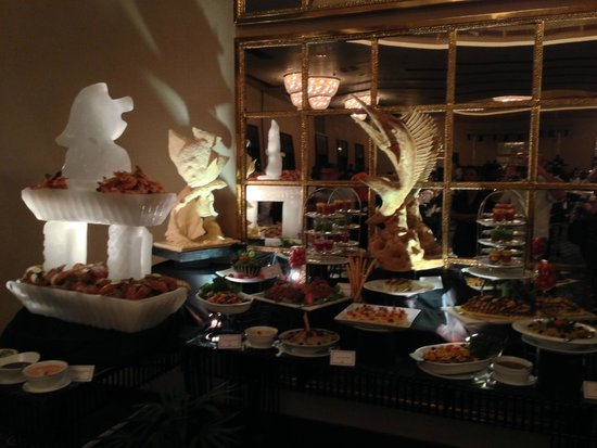 The Blue Water: Buffet de la St Sylvestre