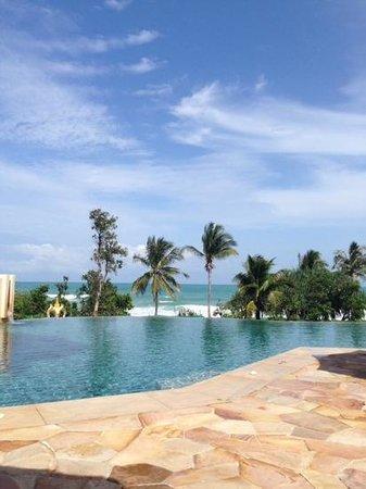 Centara Grand Beach Resort Phuket : Adult Pool