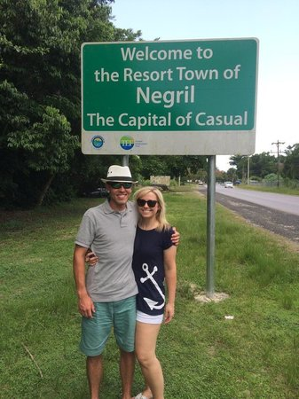 Dudley's Big Ship Taxi and Tours : Had a blast in Negril!