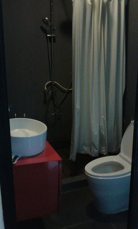 The Rommanee Boutique Guesthouse : Bathroom