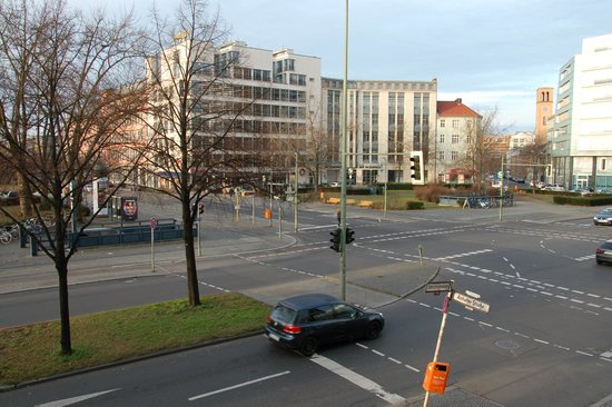 Novotel Suites Berlin City Potsdamer Platz: Вид из окна