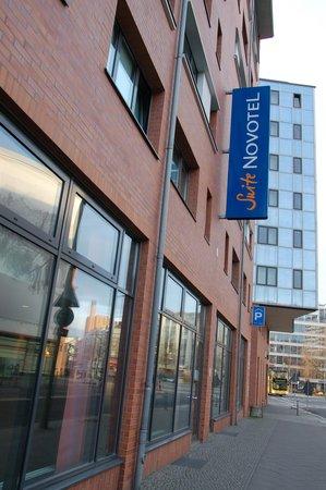 Novotel Suites Berlin City Potsdamer Platz: Фасад отеля
