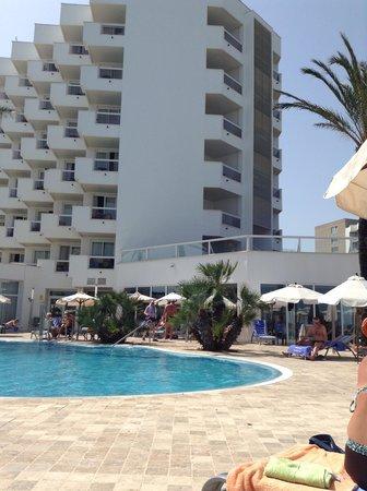 Hipotels Flamenco Cala Millor : Pool