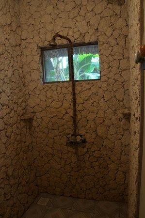 Coral Rock Zanzibar: Bathroom