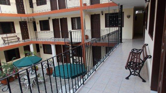 Hotel San Juan: Коридоры