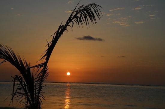 Breezes Beach Club & Spa, Zanzibar : Levé de soleil a 6h30 du matin