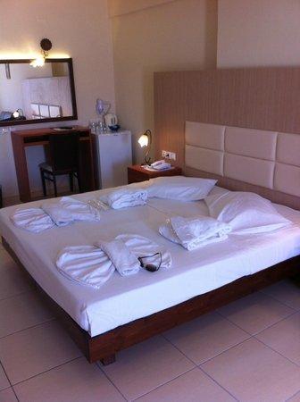 St. Constantin Hotel : chambre 932
