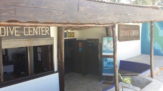 Breezes Beach Club & Spa, Zanzibar : Centre de plongée dans l'hotel