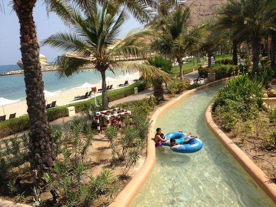 Shangri La Barr Al Jissah Resort & Spa-Al Husn: lazy river