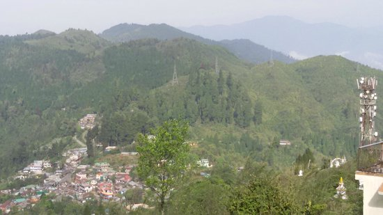 Darjeeling - Khush Alaya, A Sterling Holidays Resort: View from Hotel Deck Area Pic 1