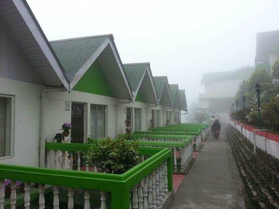 Darjeeling - Khush Alaya, A Sterling Holidays Resort: Hotel view Pic 2