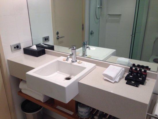 SKYCITY Grand Hotel: Bathroom
