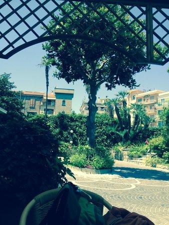 Hotel Eden : Entrance