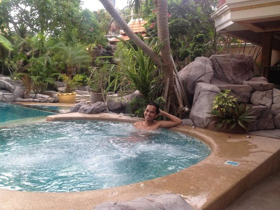 Le Viman Resort : Relaxing Jacuzzi Time