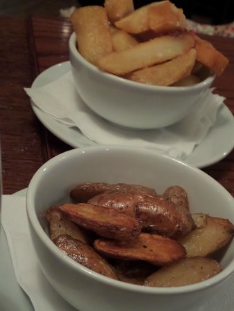 The White Star Tavern: Triple-cooked chips & pink fur apple potatoes
