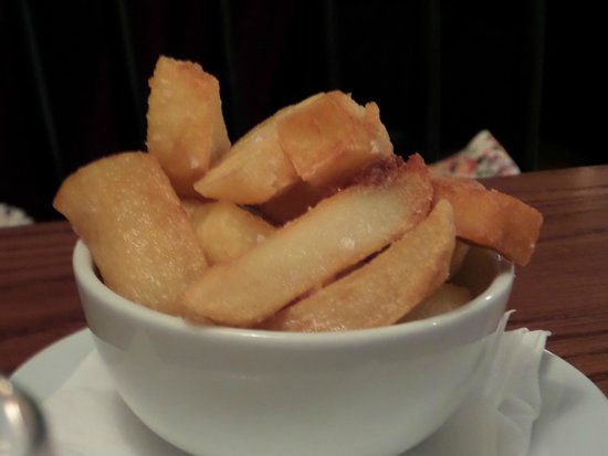 The White Star Tavern: Triple-cooked chips.