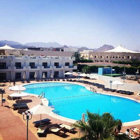 Sharm Cliff Resort: Pool
