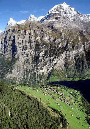 Hotel Mittaghorn: Big Mountain!