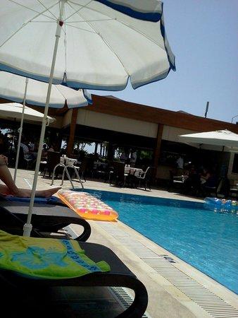 Riviera Hotel: :-)