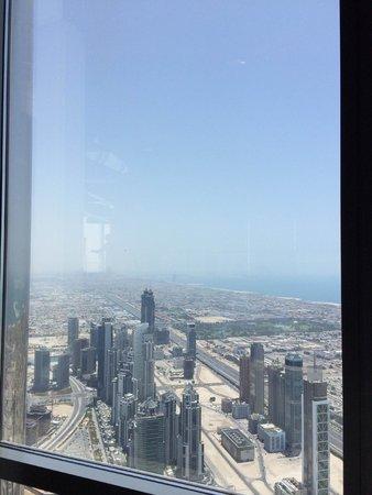 At.Mosphere Restaurant: Daytime at Burj Khalifa