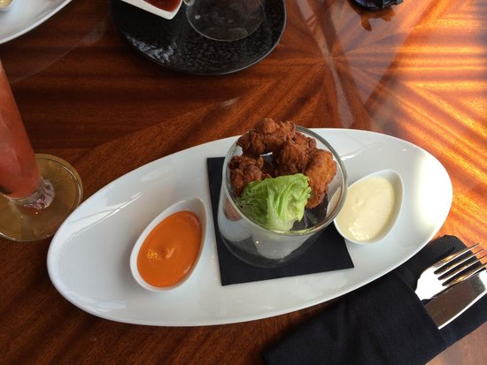 At.Mosphere Restaurant: Lunch at Burj Khalifa