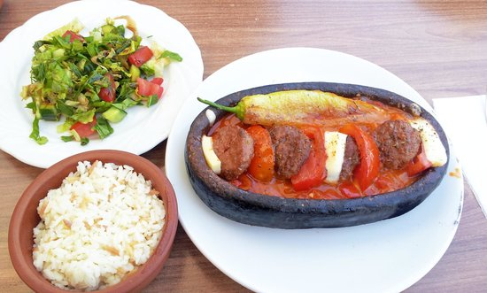 Cappadocian Cuisine: トルコの伝統料理のひとつ