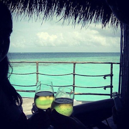 Constance Moofushi: Champagne for honeymooners