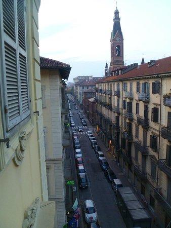 Best Western Plus Hotel Genova : Вид из окна