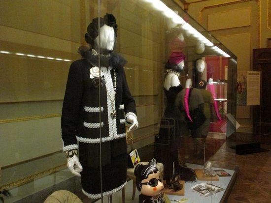 Palais Pitti : Fashion Exhibit Piti Palace 2014