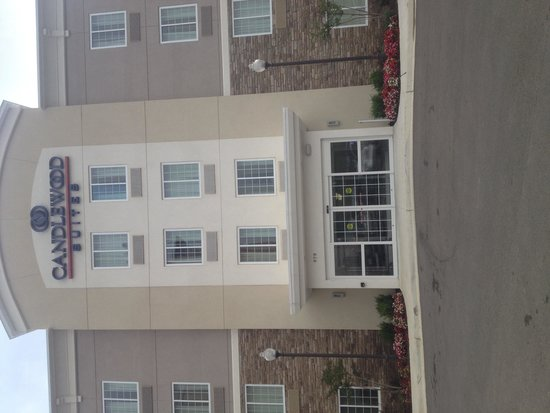 Candlewood Suites Tupelo North : Front