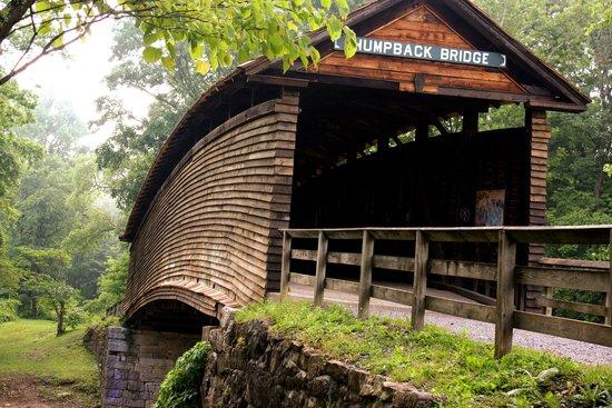 Humpback Bridge: covered bridge