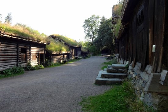 The Norwegian Museum of Cultural History: Norweskie Muzeum Ludowe