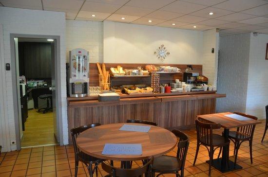 Kyriad Laval: Hotel Kyriad Salle à manger
