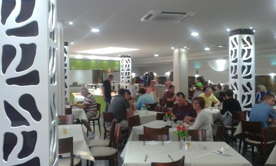 Turbo Club: Dining