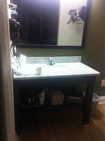 Super 8 San Antonio Near Fort Sam Houston : Vanity area outside of the restroom.