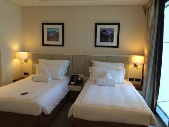 Jumeirah Emirates Towers: Twin Room