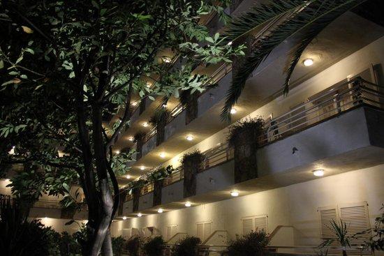 GHT Hotel Neptuno: балконы