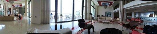 Elysium Resort & Spa : reception area