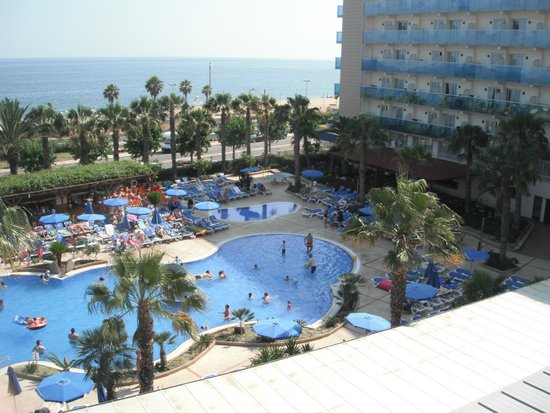 Golden Taurus Park Resort: Бассейны на территории отеля