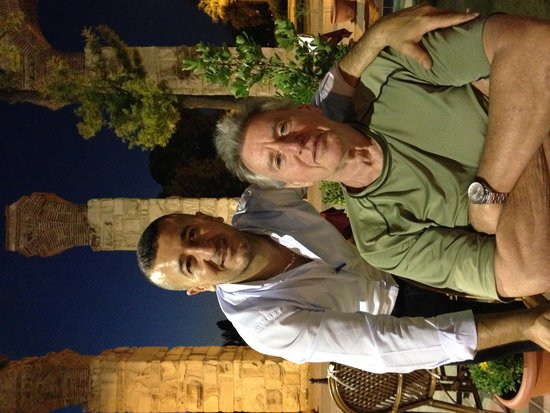 Wallabies Aquaduct Restaurant: Jeff and husband Jud