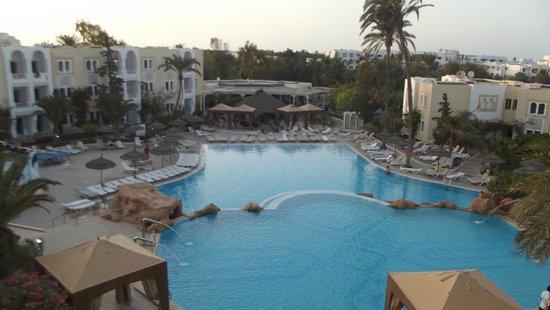Joya Paradise: La piscine vue de haut
