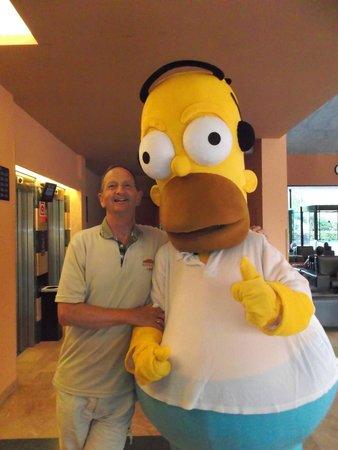 Ohtels Vil.la Romana: I meet Homer Simpson in the Vil.la Romana Hotel!!!