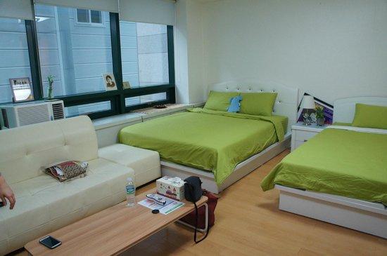 Rio House Hongdae: Room