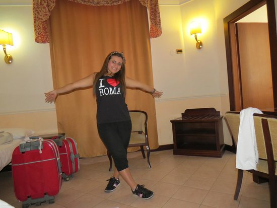 Hotel Nizza: Me on our last day in Rome!