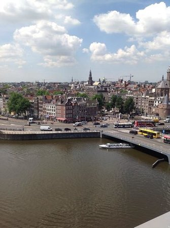 DoubleTree by Hilton Hotel Amsterdam Centraal Station: Beautiful view from our room!