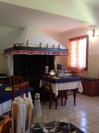 Alla Volta Bar Trattoria: домашний интерьер