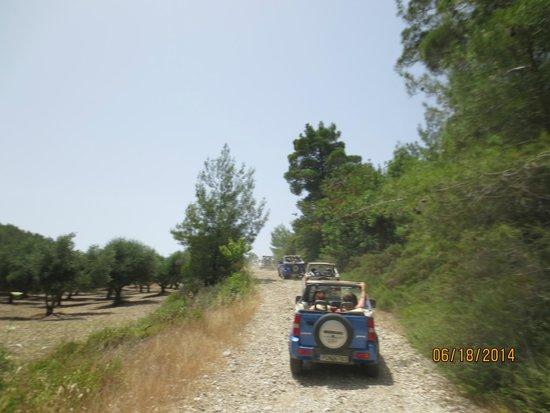 Jeep Safari Rhodes - Rhodes Adventures: Up the trail