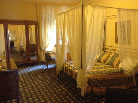 Palazzo dal Borgo Hotel Aprile: Our Room