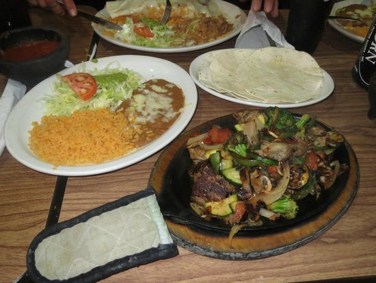 Las Cazuelas : Vegetable Fajitas, add Mushrooms and Pork Tips, 86 the Sour Cream.