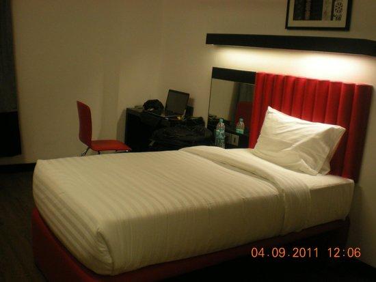 Tune Hotel: Single room